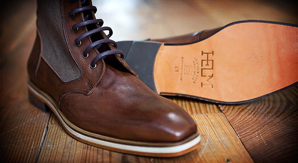 helm-boots-xl