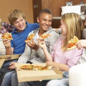 Teens Eat More Unhealthy Foods When Sleep Deprived