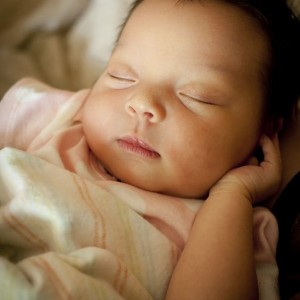 Babies: Self Soothing Linked to 'Sleeping Through the Night'