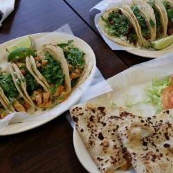 Tacos La Bala