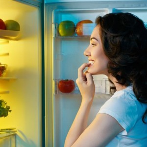 Sleeping Better While Keeping Your Waistline In Check