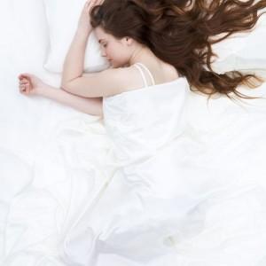 9 Smart Strategies to Fall Asleep Faster Tonight