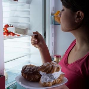 Irregular Sleep May Affect Teenagers' Eating Habits