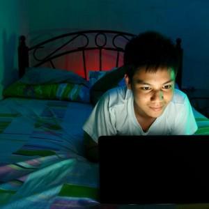 Artificial Light May Hurt Sleep of Young Teens